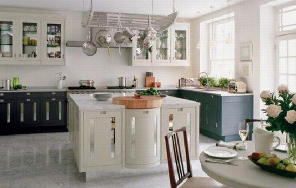 Кухня в нейтральном стиле