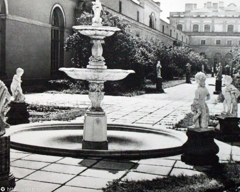 Зимний сад в Малом Эрмитаже