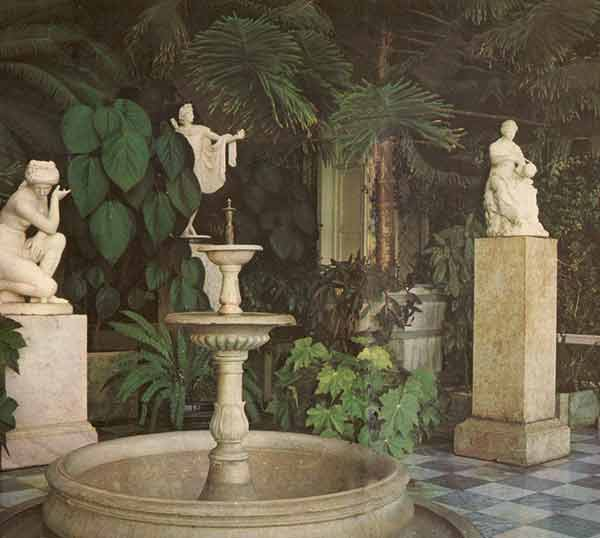 Зимний сад Алупкинского дворца