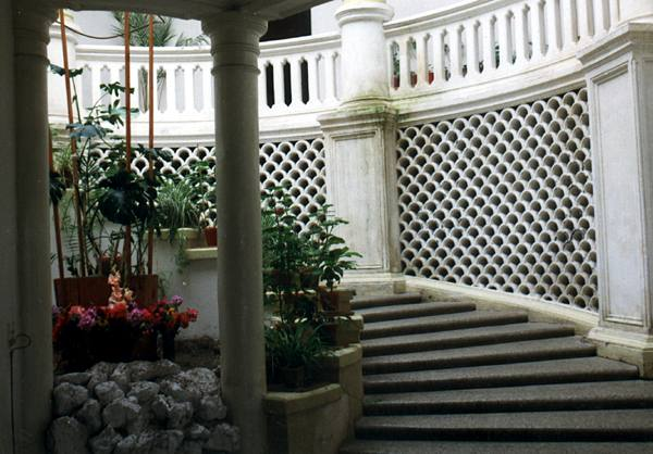 Зимний сад в подмосковной усадьбе Усово