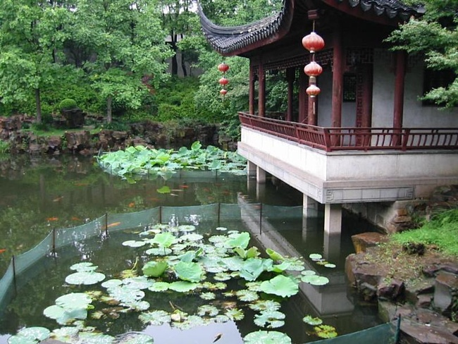 В китайском саду 2