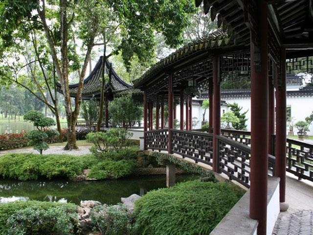 В китайском парке Туйсыюань