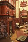 Готический интерьер в главной комнате