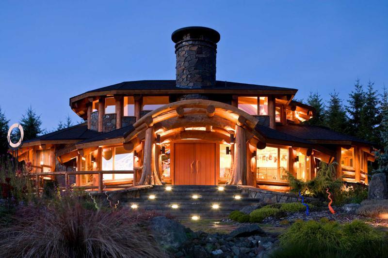 Сказочный домик-баня от архитектурной мастерской Artecology