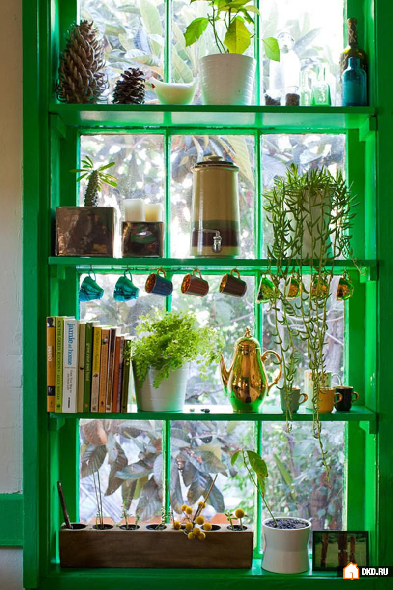 Как сделать в окне полки