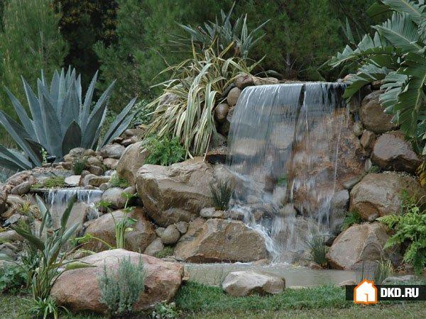 18 Безупречных идей садовых водопадов для Вашего вдохновения